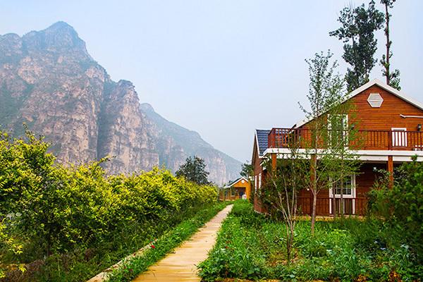彩虹不夜谷北京5号观湖别墅